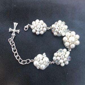 Pearl Braclelet, made from pearl earrings .